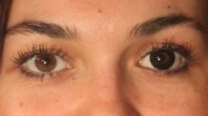 OS1SO sorte kontaktlinser i brunt øje